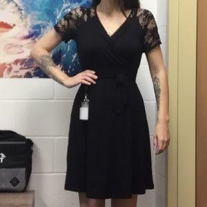 Dresses & Skirts - Black maternity dress, tie belt.
